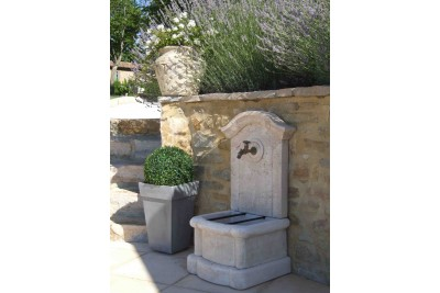 Fontaine à eau jardin Méridionale