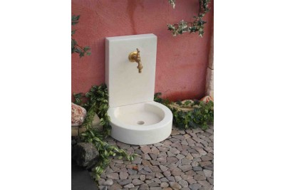 Petite fontaine de jardin