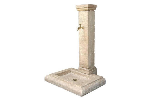 Fontaine de jardin en pierre - Borne