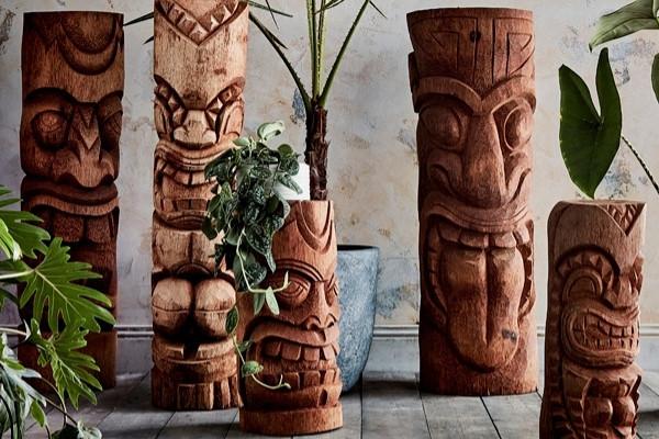 Statue Tiki Haka ambiance
